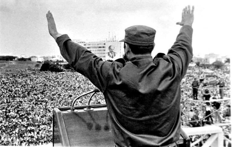 fidel-en-la-plaza-de-la-revolucion
